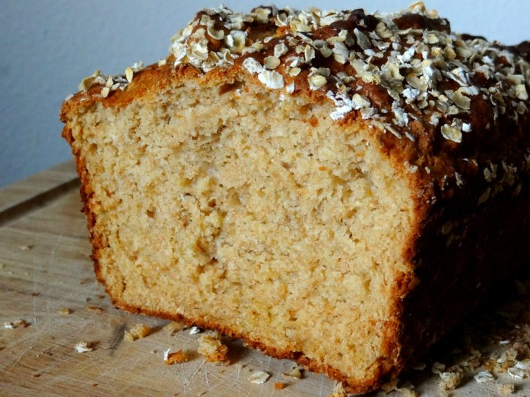 Honey Oat Bread {Recipe}