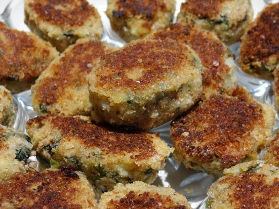 Spinach and Kale Tuna Cakes in my new Twizzt Pan - Mommy Snippets.