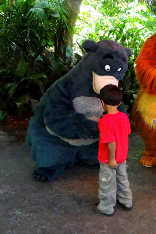 keeping your child safe at disney (11)