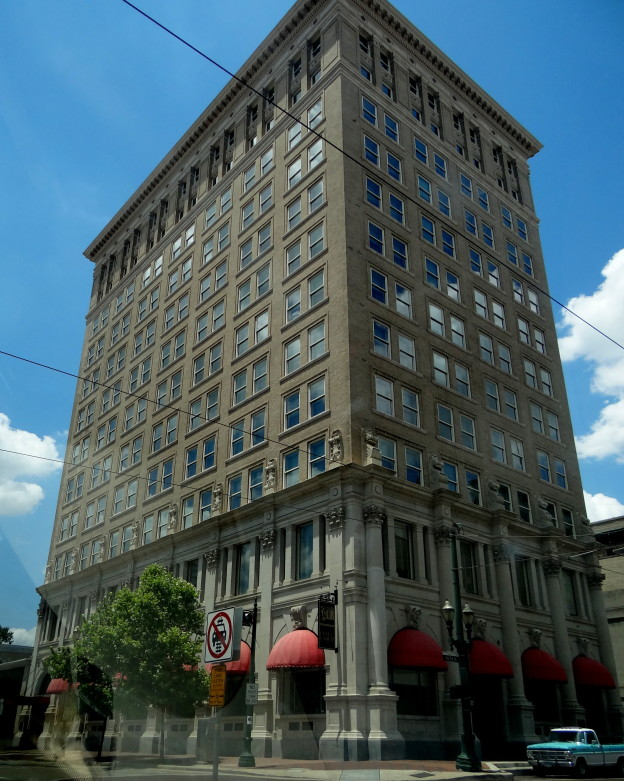 Hotel ICON...Where History, Luxury and Warmth meet in Downtown Houston (36)
