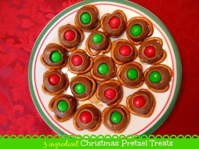 3 ingredient Christmas Pretzel Treats {Recipe} - Mommy Snippets