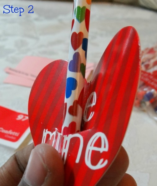 How to make inexpensive Valentine's Day Cards- Mommy Snippet's Tutorial (4)
