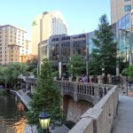3 reasons why the Embassy Suites San Antonio Riverwalk is just right for large families.