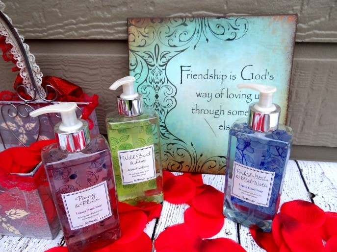 """Good Hostess Gifts For Wedding Shower: """"Showering"""" Your Hostess With Love {Bridal Shower Hostess"""