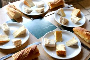 cheese_sampling