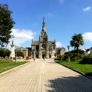 Saint Anne d'Auray and the Nicest People in France