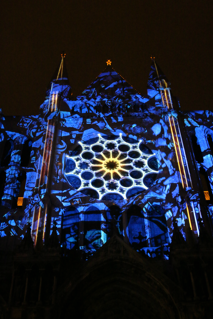 chartres-lights