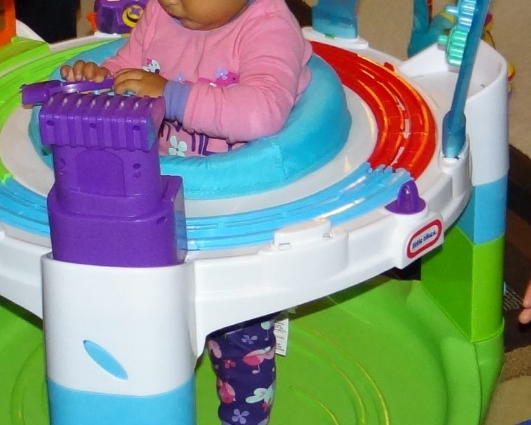 2014 Christmas Gift Guide Gift for Baby: Little Tikes Discover and Learn Activity Center