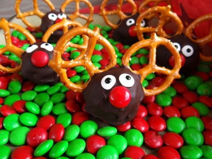 Christmas Oreo Balls.Rudolph The Red Nosed Reindeer Oreo Cookie Balls Recipe