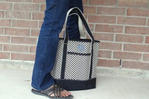 Black and White Monogrammed Tote from Lands End (1)