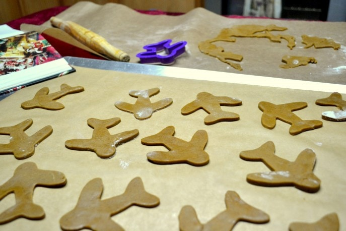 Gingerbread Planes Recipe (4)