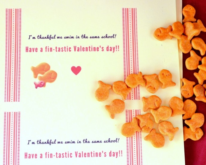 Goldfish Valentine Treats for Kids (+ A Free Printable School Valentine Card) (4)