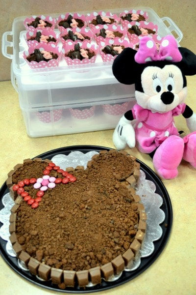 How to celebrate a #DisneySide Birthday Party at a Party Place (17)
