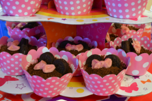 How to host a #DisneySide Birthday Party at a Party Place