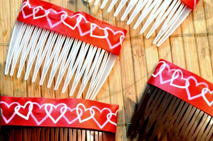 The easiest way to make a Valentine's Day Hair Accessory