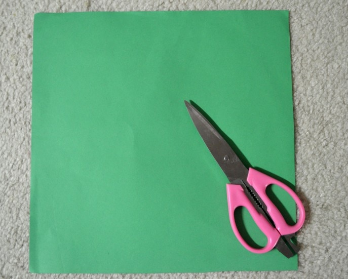 Easy DIY Paper Palm Crosses - An #FCBlogger Craft Tutorial by MommySnippets (2)