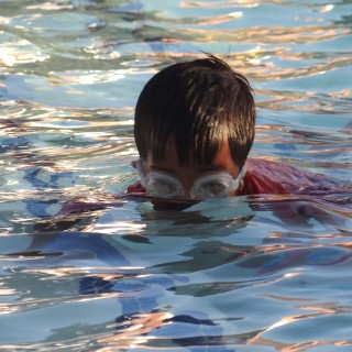 Teach your child to swim. {Tips + A #SwimWays Giveaway!}