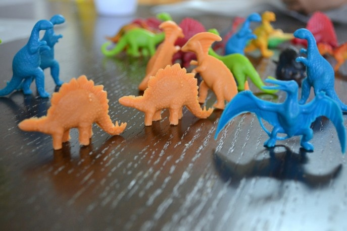 DIY Dinosaur Fossils {A #FandangoFamily #JurassicWorld feature} with Mommy Snippets (12)