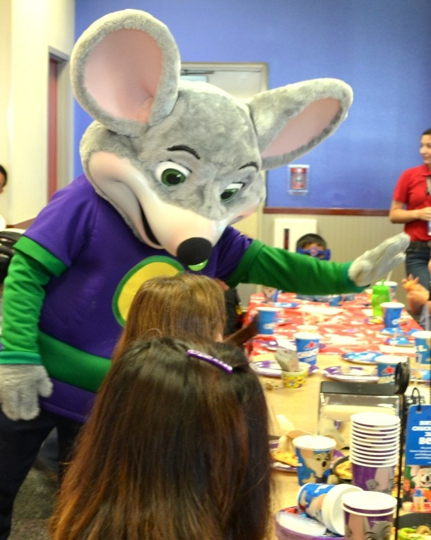 Reasons to book your child's birthday party at Chuck E. Cheese's- Mommy Snippets (103)