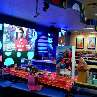 5 reasons to book your child's party at Chuck E. Cheese's {#CECBirthdays}