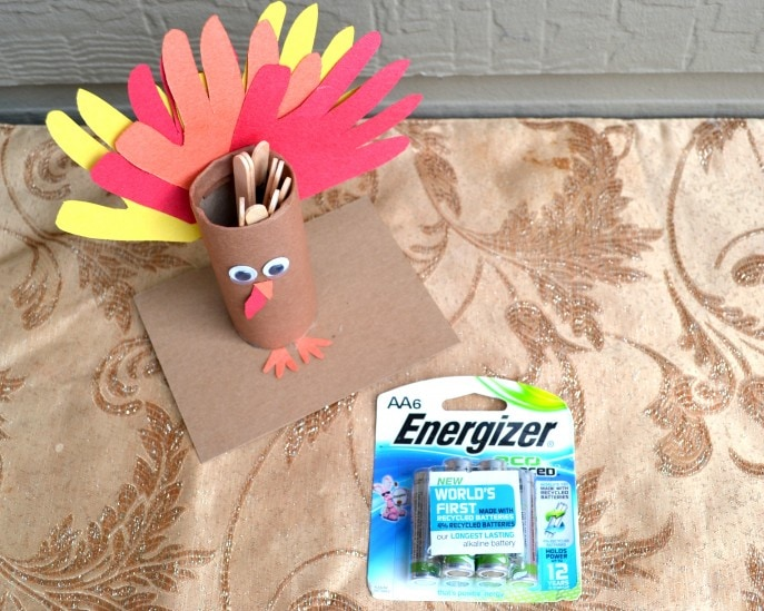 Thankful Turkey Toilet Paper Roll Craft with MommySnippets.com #BringingInnovation [ad] (59)