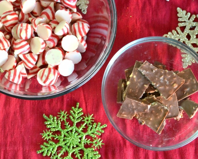 Candy Cane Mocha Bark- Mommy Snippets { #MakeItMerrier} #Sponsored (2)