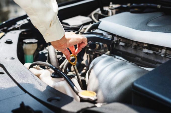 3 things every Used Car Owner should know about oil changes