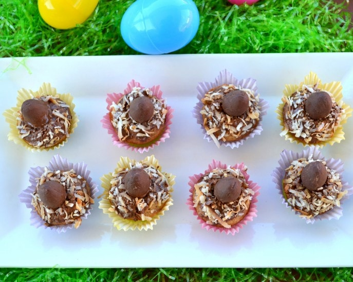 How to make Easter Blondie Bites- MommySnippets (12)
