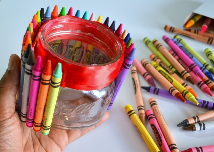 A Unique Teacher Appreciation Gift With Crayons - MommySnippets (23)