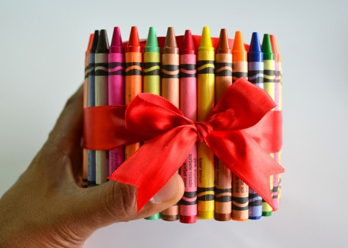 A Unique Teacher Appreciation Gift With Crayons - MommySnippets (29)