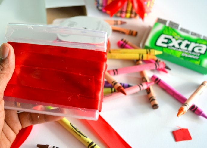 A Unique Teacher Appreciation Gift With Crayons - MommySnippets (38)
