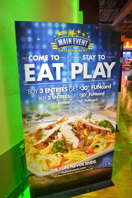 Hurry to enjoy a meal and play for FREE at the Main Event- MommySnippets.com #Sponsored #FUNstigators (1)