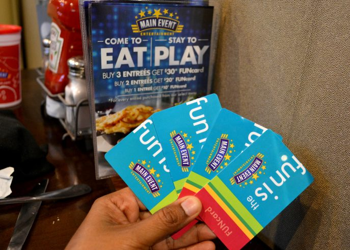 Hurry to enjoy a meal and play for FREE at the Main Event- MommySnippets.com #Sponsored #FUNstigators (18)