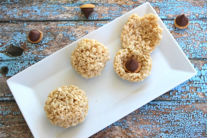 scrats-hidden-acorn-rice-krispies-treats-mommysnippets-com-scratinspace-sponsored-30