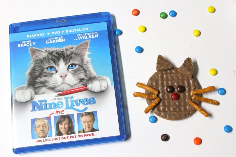 Easy Cat Cookies that your child can make {+#NineLivesInsiders Blu-ray Giveaway}
