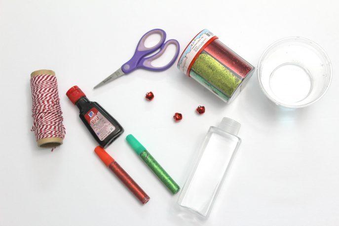 how-to-make-a-festive-calm-down-travel-bottle-for-kids-mommysnippets-com-diydivas-2
