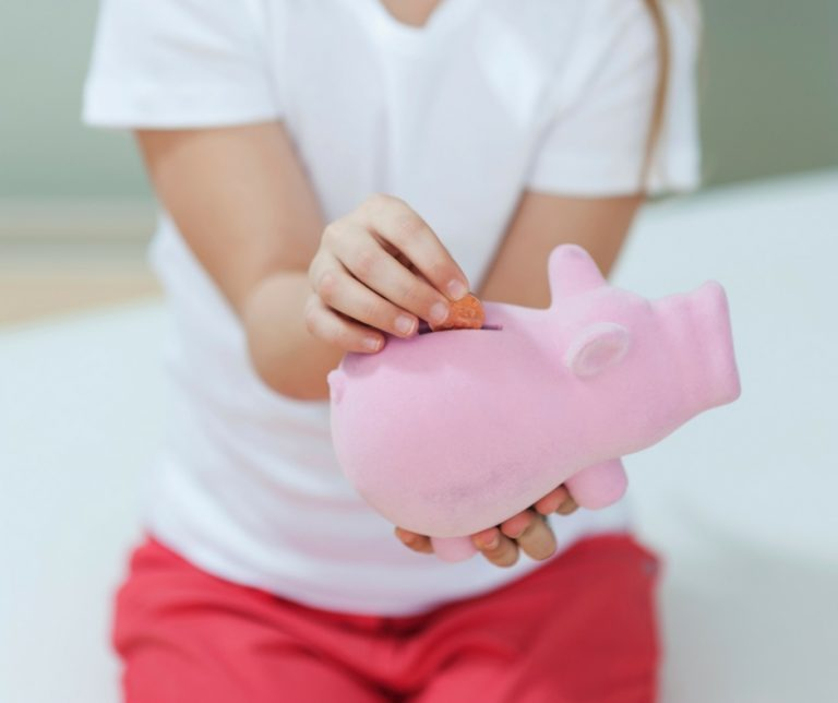 3 opportunities to teach your kids about money