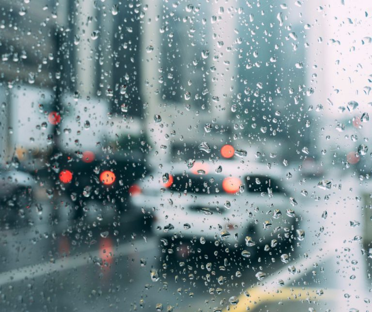 Top 7 Safety Tips for Driving in the Rain