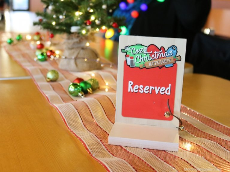 Surprise the kids with SeaWorld's Christmas Traditions Tour