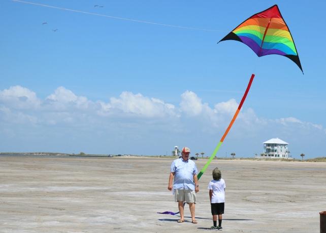 Go Fly A Kite on South Padre Island! - Texas Travel Talk