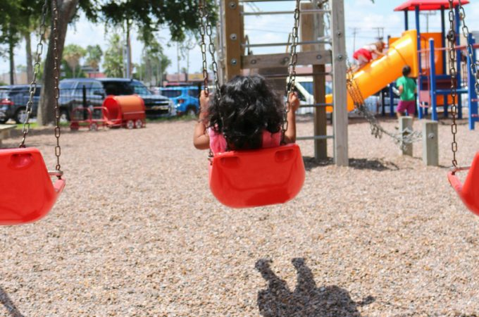 How to get kids outside this summer without a struggle!