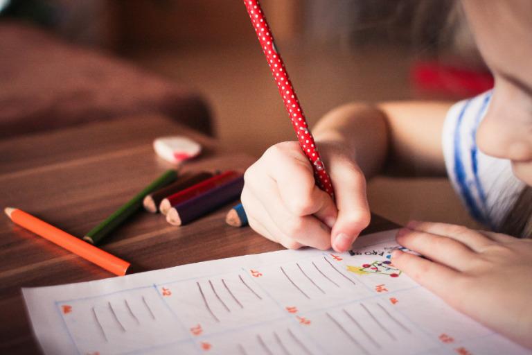 Easy ways to help kids avoid the summer slide