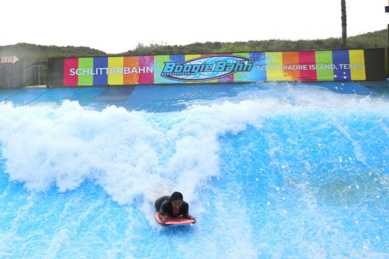 An unforgettable Women In Surf experience at Schlitterbahn