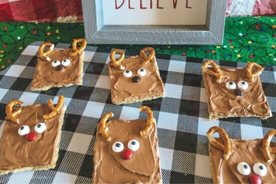 Easy No Bake Christmas Reindeer Treats
